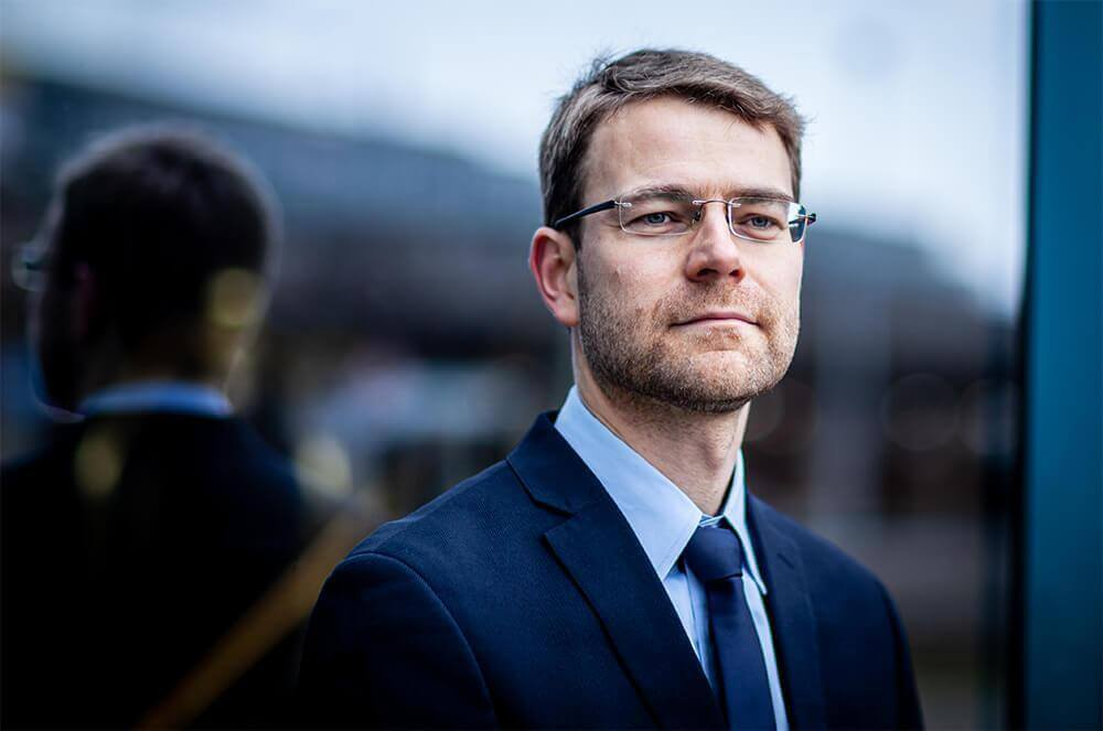 Dirk Ponikau - Jamie Lee Arnold - Fotografin & Präsenzexpertin