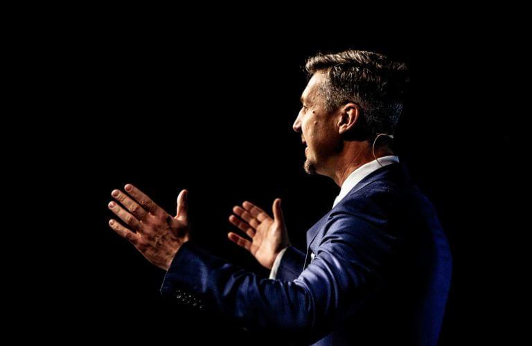 Martin Emrich - Keynote-Speaker - Jamie Lee Arnold - Fotografin & Präsenzexpertin