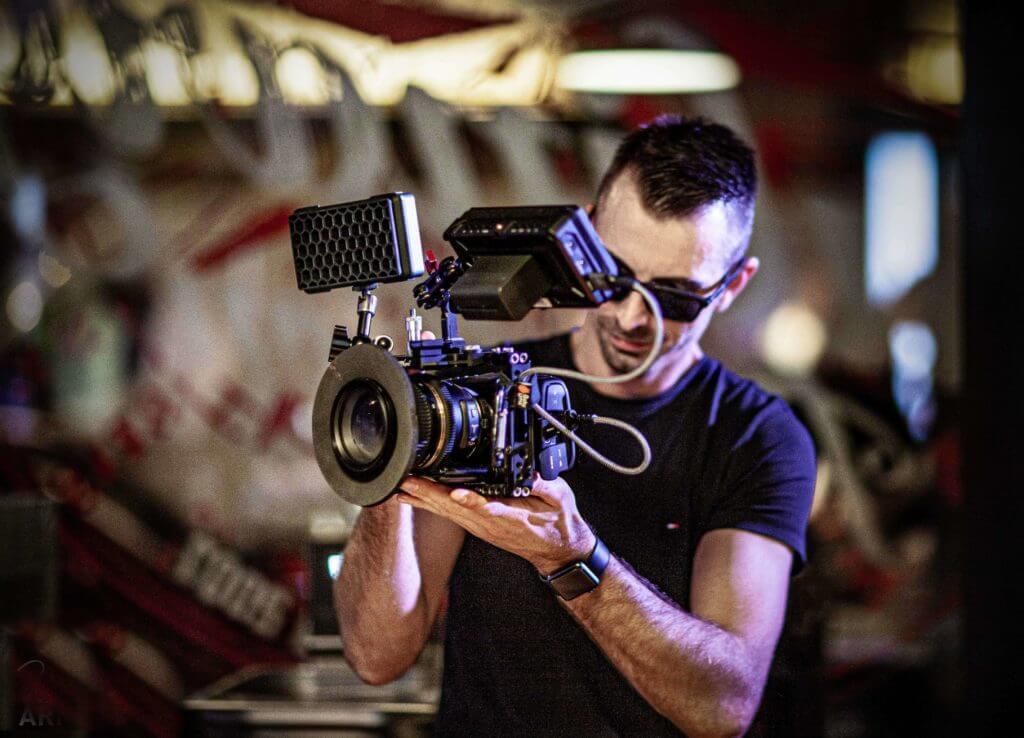 Medienexperte & Regisseur - Oliver Albrecht - Jamie Lee Arnold - Fotografin & Präsenzexpertin